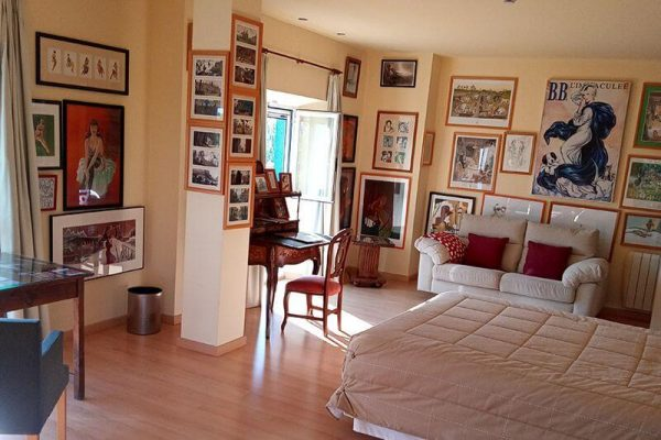 habitacion pin ups del hotel rural 26 labrador en calatorao